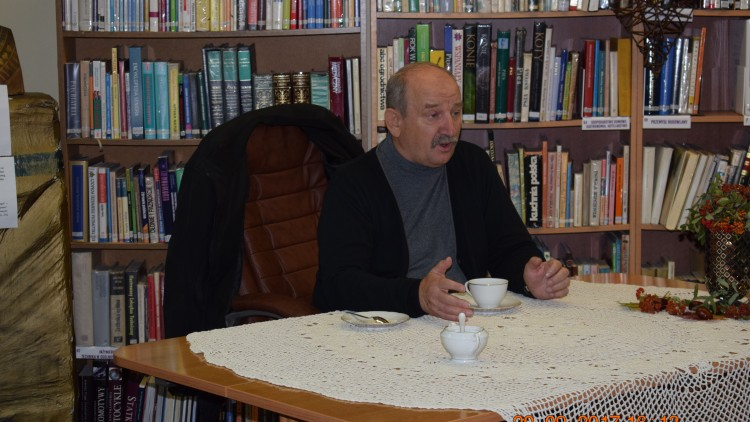 20 września w MBP w Dziwnowie odbyło się spotkanie Autorskie z Panem Markiem Koprowskim.