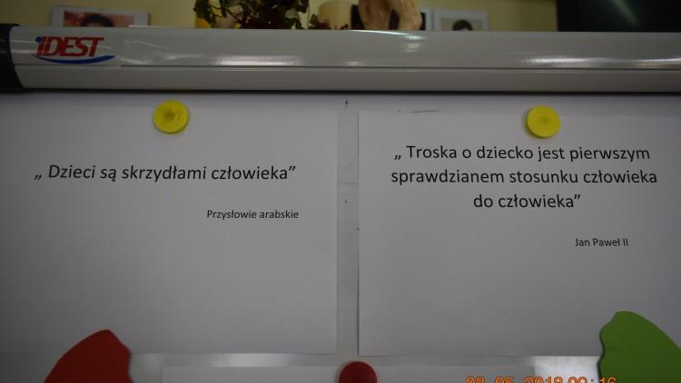 """Kochani 8 maja o godz. 10.00 ruszyły Bezpłatne Warsztaty Edukacyjne """"Rodzic z Klasą""""."""