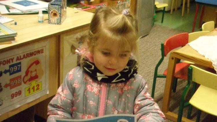"""""""Mała Książka – Wielki Człowiek"""" w Bibliotece w Dziwnowie – zapraszamy kolejne trzylatki :)"""